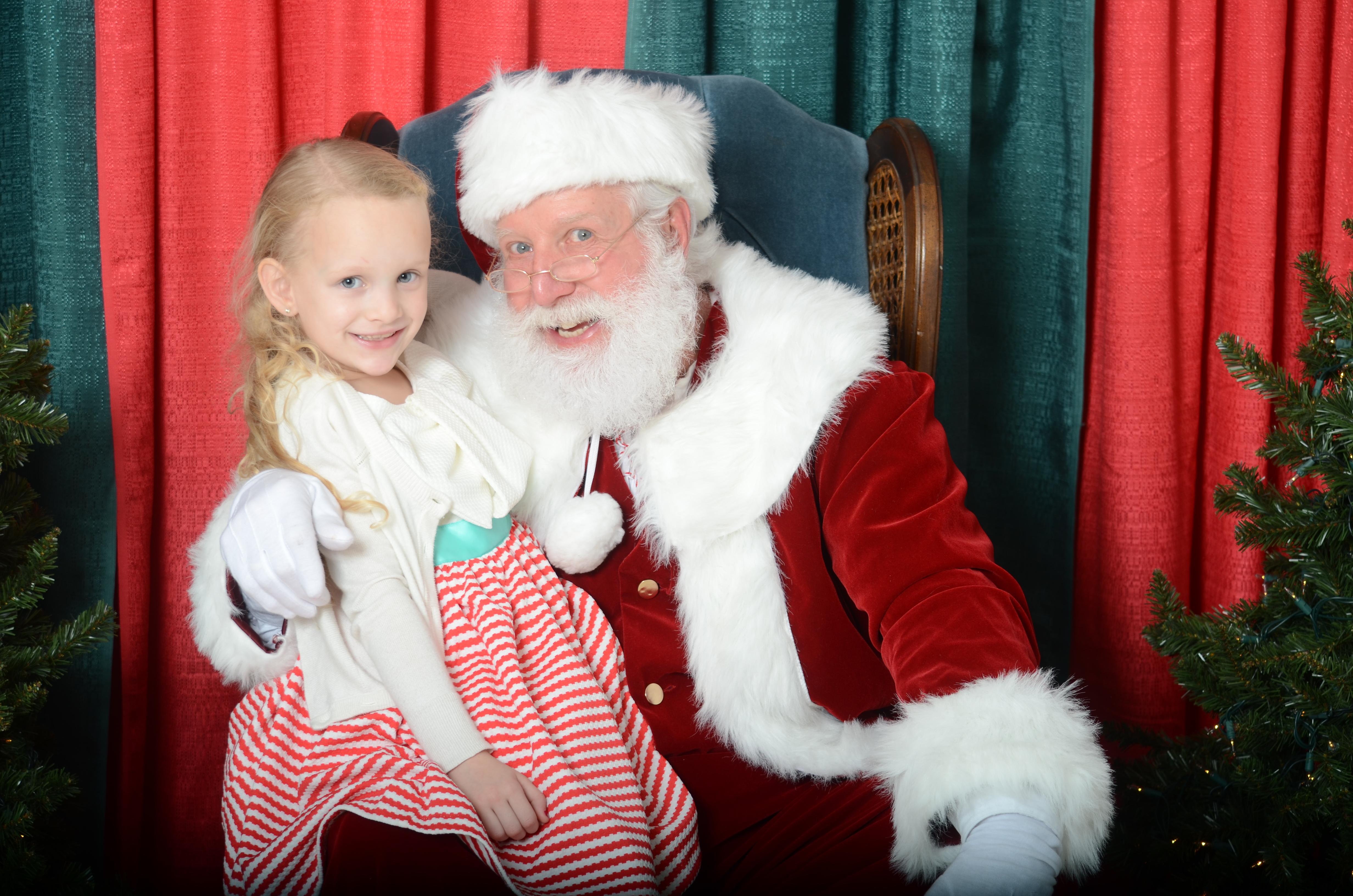 Papa HoHo - Professional Santa Claus in Northern Virginia