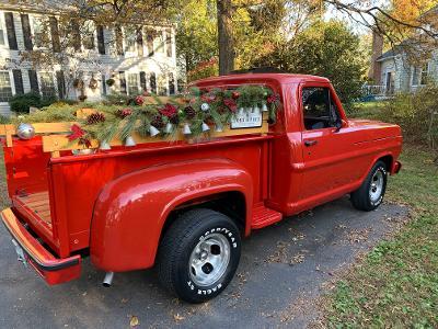 Papa HoHo's Vintage Red Truck